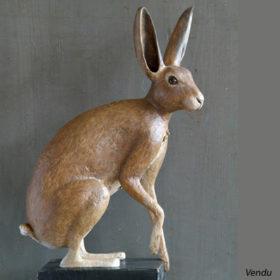 Lièvre - Sculpture en papier de Mélanie Bourlon - 38 Le Avenières - Isère - Rhône-Alpes - France - Photo : Anthony Cottarel