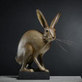 Lapinou - Lapin brun - Sculpture en papier de Mélanie Bourlon - 38 Le Avenières - Isère - Rhône-Alpes - France - Photo : Anthony Cottarel