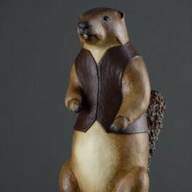 Marmotte gilet- Sculpture en papier de Mélanie Bourlon - 38 Le Avenières - Isère - Rhône-Alpes - France - Photo : Anthony Cottarel