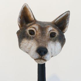 Masque loup- Sculpture en papier de Mélanie Bourlon - 38 Le Avenières - Isère - Rhône-Alpes - France - Photo : Anthony Cottarel