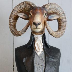 Mouflon- Sculpture en papier de Mélanie Bourlon - 38 Le Avenières - Isère - Rhône-Alpes - France - Photo : Anthony Cottarel