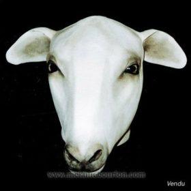 Premier mouton- Sculpture en papier de Mélanie Bourlon - 38 Le Avenières - Isère - Rhône-Alpes - France - Photo : Anthony Cottarel