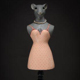 Miss mouse, souris- Sculpture en papier de Mélanie Bourlon - 38 Le Avenières - Isère - Rhône-Alpes - France - Photo : Anthony Cottarel