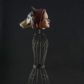 Petiti chaperon rouge - Cabinet de curiosités - Sculpture en papier de Mélanie Bourlon - 38 Le Avenières - Isère - Rhône-Alpes - France - Photo : Anthony Cottarel