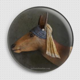 Badge Biche à la perle